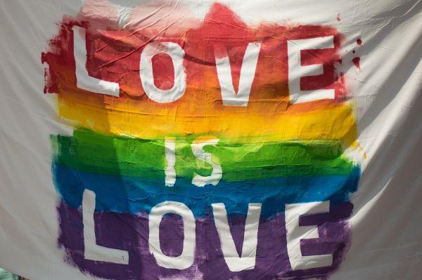 Delhi HC asks Centre's opinion on same-sex marriage